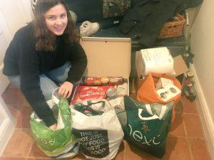 DoE Volunteering for the Food Bank